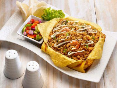 Nasi Goreng Omelet Mayonais